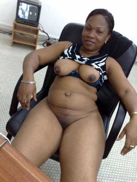 black sexy girl big nipple nude